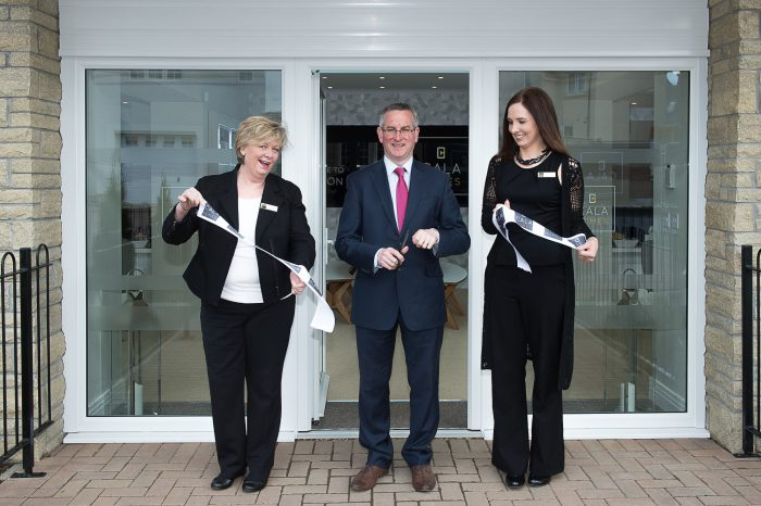 Cala representatives, Jenny Thomson, (blonde) and Kirsty Summers (dark hair) join councillor Keith Robson at the opening of the new show homes at Liberton Braes IN PIC................. (c) Wullie Marr/HPR For pic details, contact Wullie Marr........... 07989359845