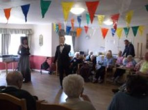 Entertainer at Eastbank Care Home