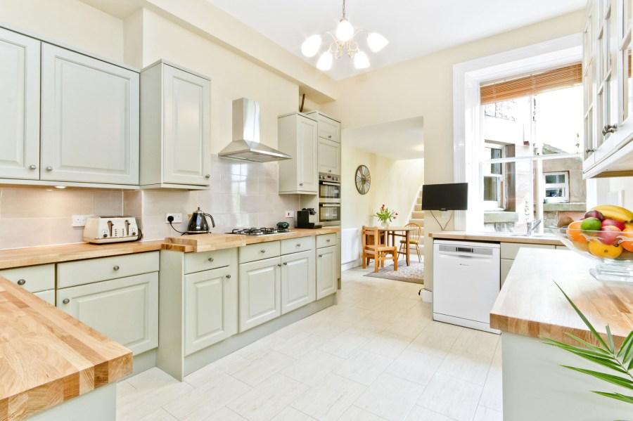 104 Polwarth Terrace Kitchen