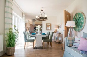 PR Photos of a Law Gardens showhome dining room