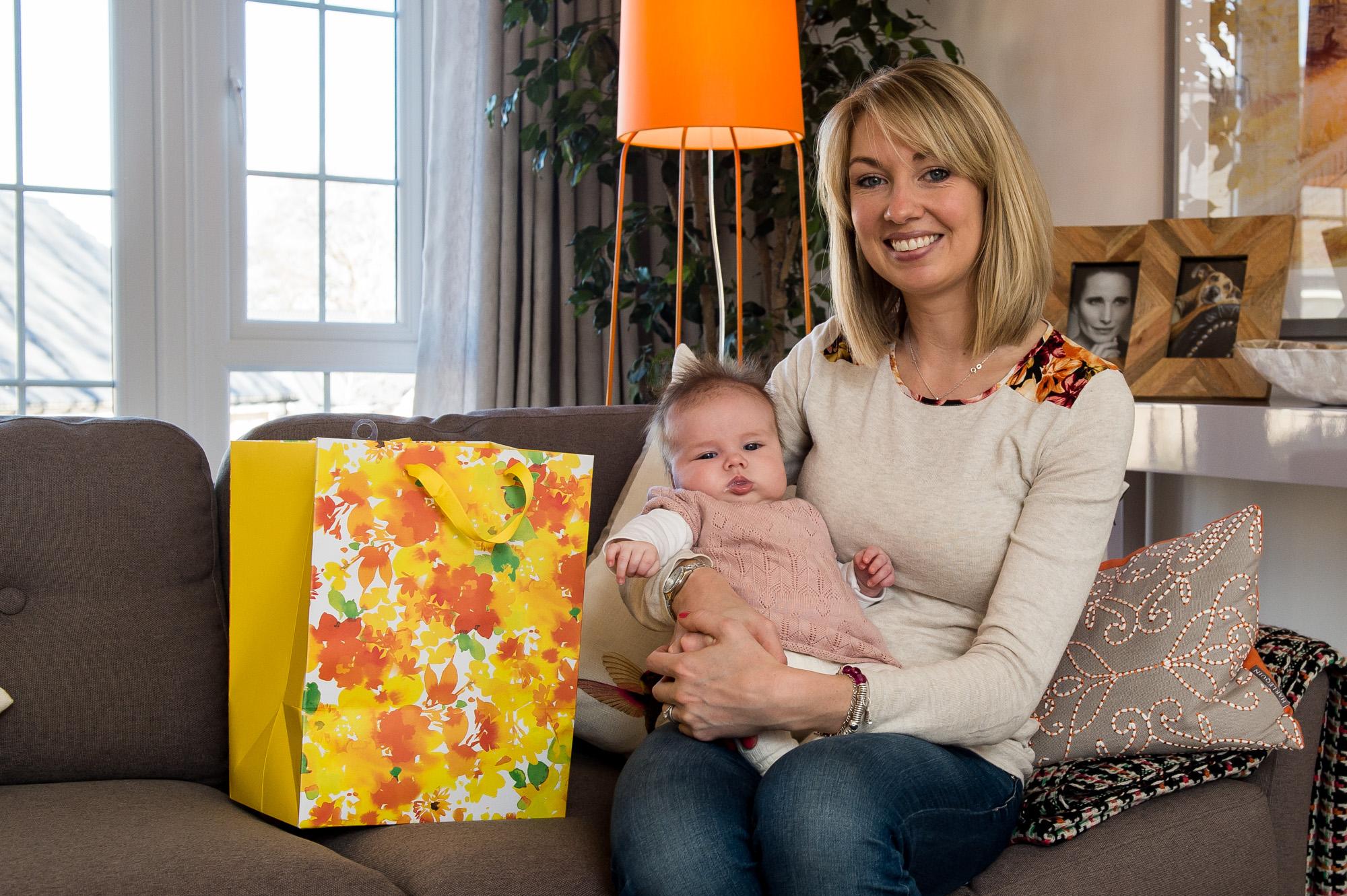 Cala Craigpark newborn babies - Nicola Gillan with baby Esme for Pr Photography