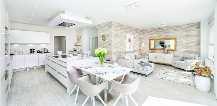 Three luxury showhomes hit the market at Ravelrig Heights development in Balerno from award-winning CALA Homes (East). A property PR image and story