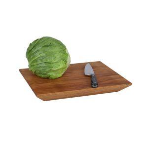 Schrägbrett Schneidebrett mit Salat und Messer