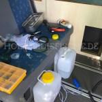 vw-bus-innenausbau-schrank-waschbecken-zusammenbau-04