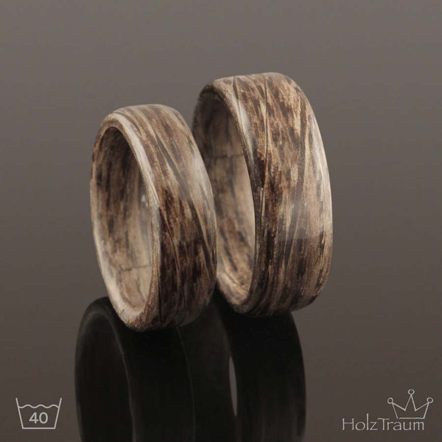 Holzringe aus Steineichenholz Verlobungsringe, Eheringe