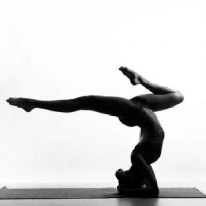 nude_yoga_girl_woman26