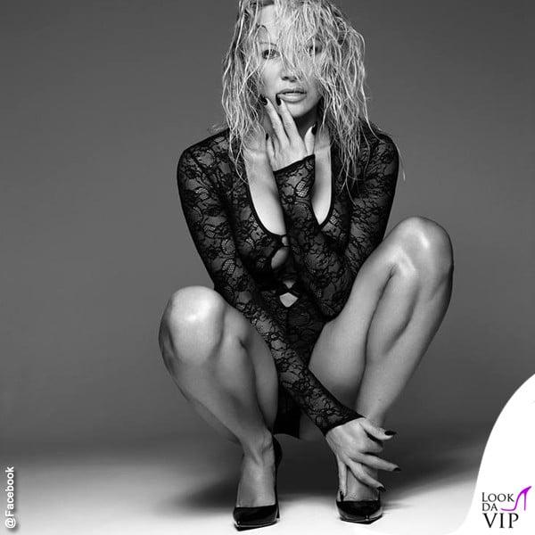 [FOTOS] Pamela Anderson más Sexy que nunca a sus 49 años