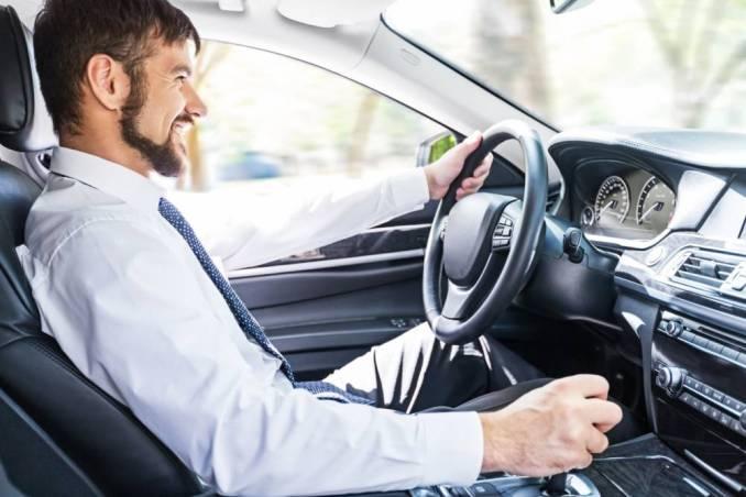 conducir y ahorrar en carburante