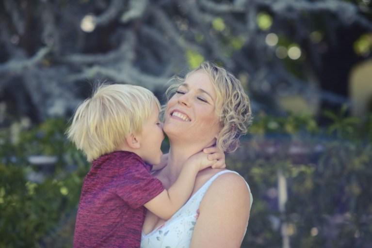 Una madre escribe una carta a su marido para que la ayude en casa y se hace viral