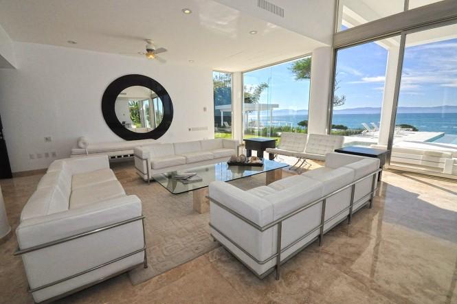 casa-china-blanca-living room