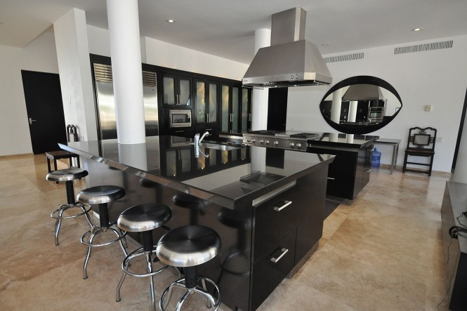 casachina blanca black kitchen island