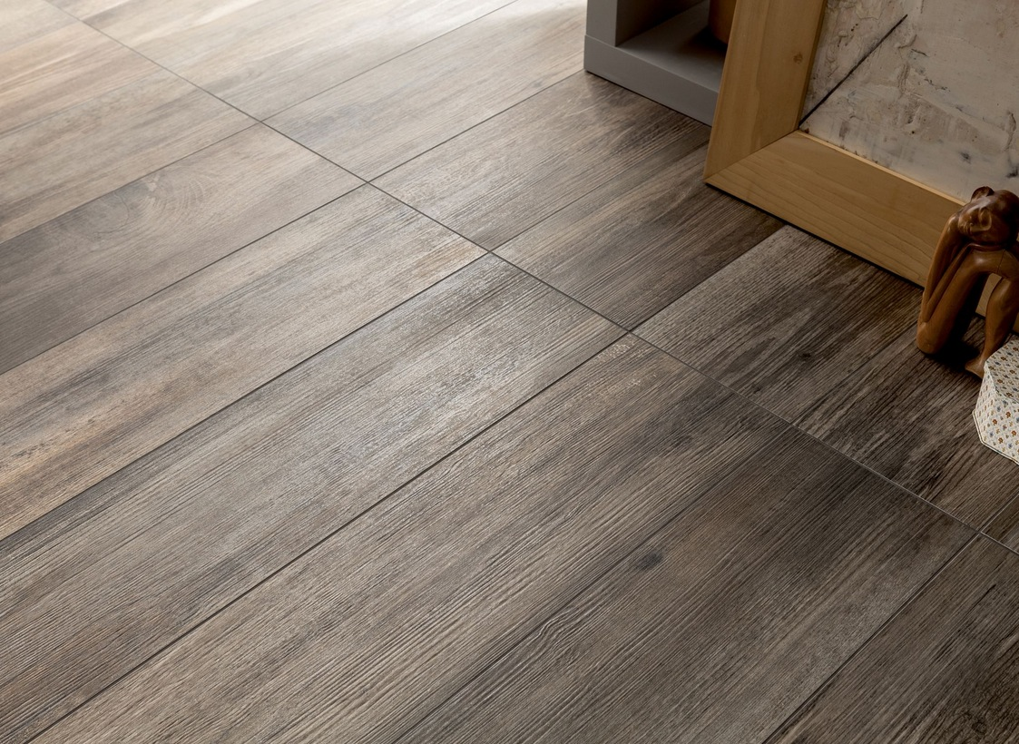 Karndean Faux Wood Tiles Vinyl