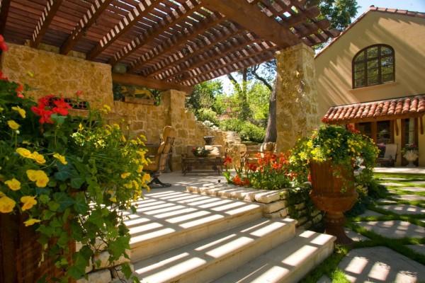 Este espaço ao ar livre oferece um charme decididamente Velho Mundo pode-se ver na paisagem toscana.