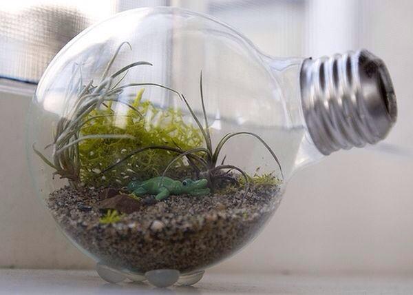cut:白熱電球をリサイクル