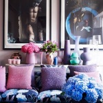 [clip]ピンクx紫x青 リビング 夢見るような花と小物のグラデーション