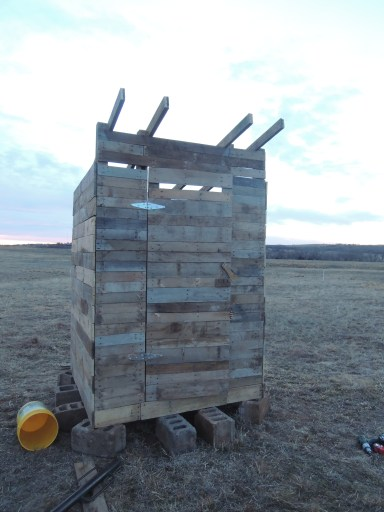 Pallet Outhouse