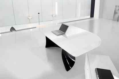 Ola Black and White scrivania direzio