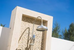 5 Suggestions for Constructing an Outside Bathe