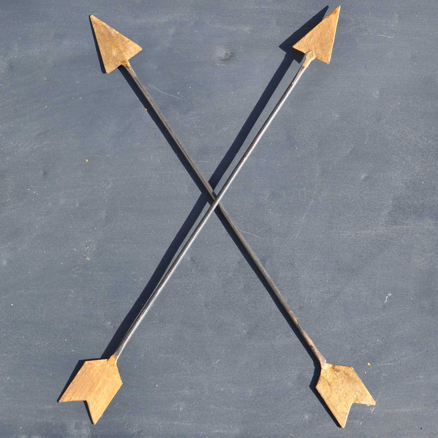 Vintage Inspired Metal Arrow Wall Art - Home Decor