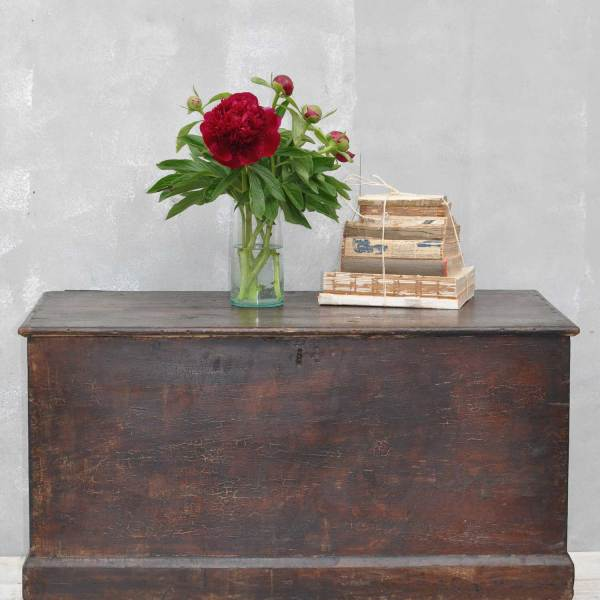 Vintage Blanket Box Trunk Coffee Table