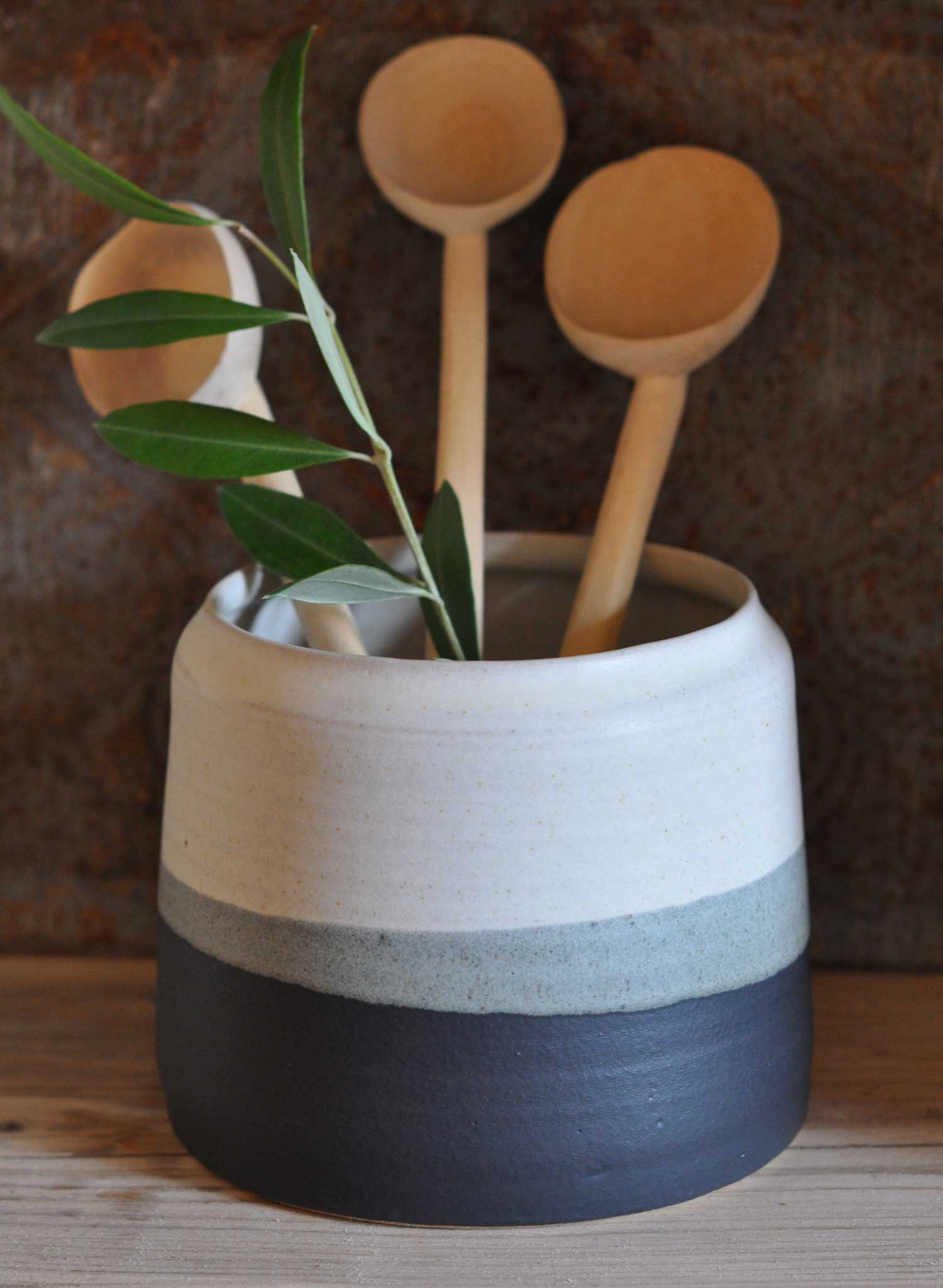 Hand-thrown utensil pot by Hilda Carr