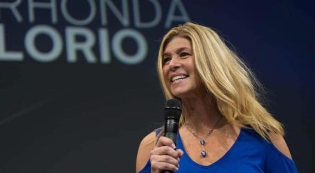 An Entrepreneur Finds Her Passion: Rhonda Lorio's LIMU Life