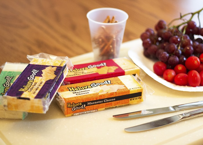 Heluva Good! Cheese | Iggy Peck, Architect | Snack Time STEAM