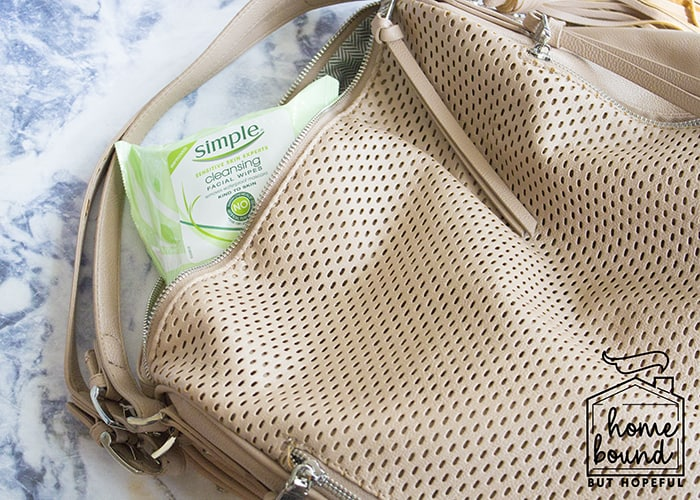 #HydrateAndGlow: Simple Cleansing Wipes