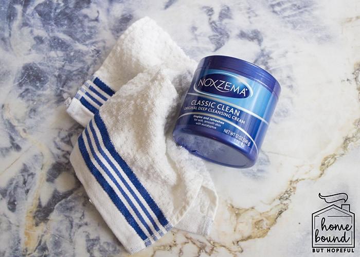 #HydrateAndGlow: Noxzema Classic Clean