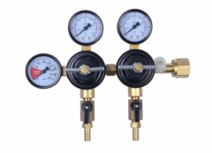 """MOD Complete MDC99007 CO2 Beer Regulator Dual Pressure Kegerator Heavy Duty Features T-Style Adjusting Handle - 0 to 60 PSI-0-3000 Tank Pressure CGA-320 Inlet w/ 3/8"""" O.D. Safety Discharge 50-55 PSI"""