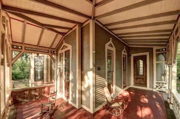 Victorian-Architectural-Style-4-min