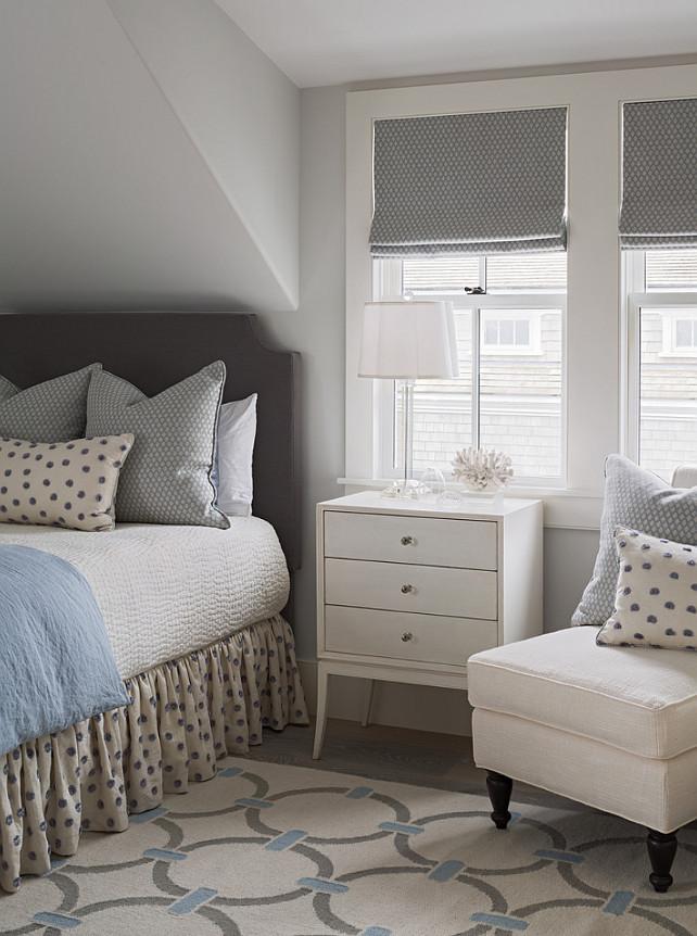 Small Bedroom. Small Bedroom Ideas. Small Bedroom Decor. Small Bedroom Furniture. Small Bedroom Furniture Layout. #SmallBedroom #SmallBedroomIdeas #SmallBedroomFurniture #SmallBedroomLayout #SmallBedroomFurnitureLayout