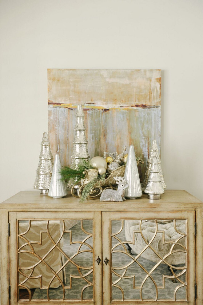 Creative Holiday In Gold Decorating Ideas