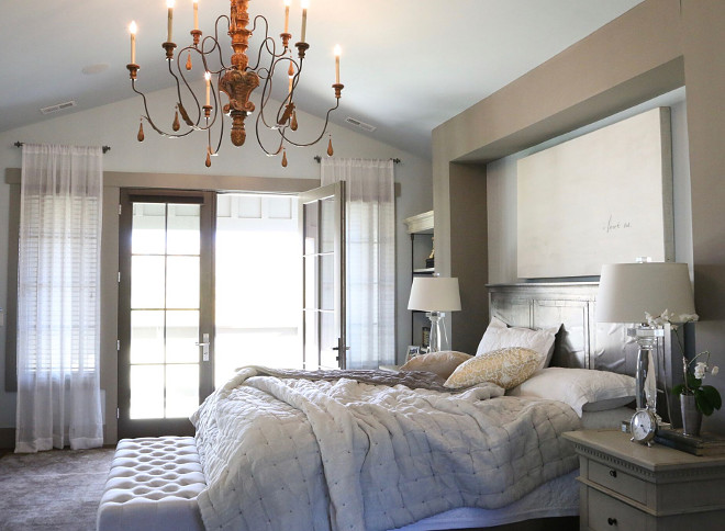 Transitional Blue Amp White Interiors Home Bunch Interior