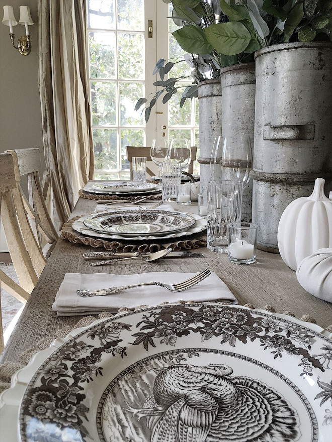 Thanksgiving table setting ideas. Thanksgiving table setting ideas. Thanksgiving table setting ideas. Thanksgiving table setting ideas #Thanksgiving #tablesetting #Thanksgivingideas Beautiful Homes of Instagram @my100yearoldhome