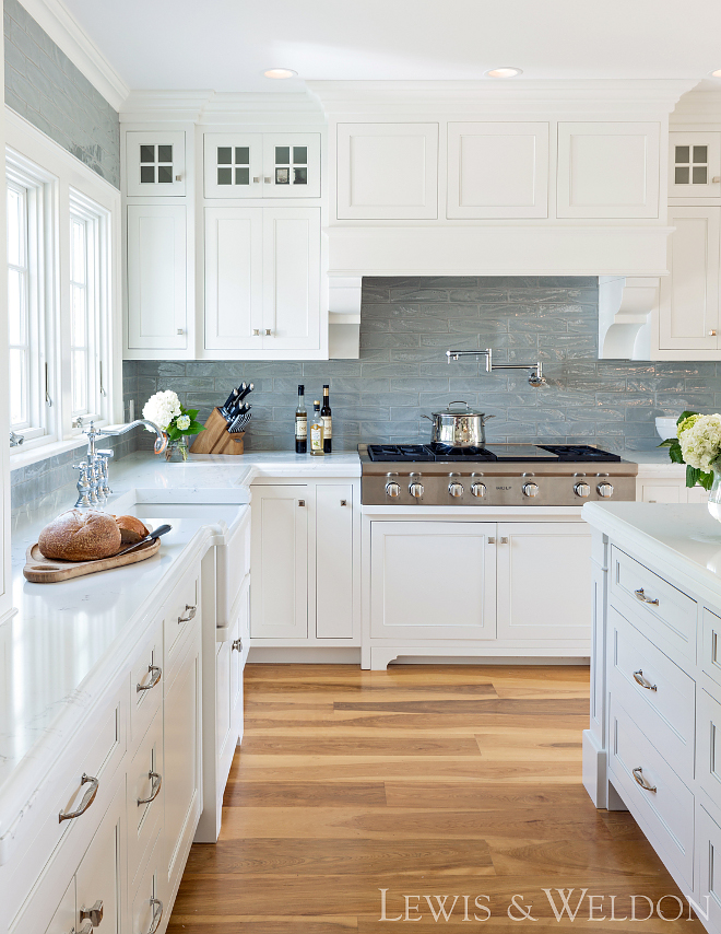 Benjamin Moore OC-17 White Dove Cabinets are Maple painted Benjamin Moore White Dove Benjamin Moore White Dove Benjamin Moore White Dove OC-17 #BenjaminMooreOC17WhiteDove