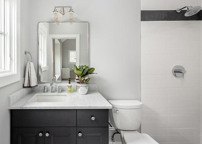 Black and White Farmhouse Bathroom Modern Farmhouse bathroom with black and white color scheme #modernfarmhousebathroom #blackandwhitebathroom