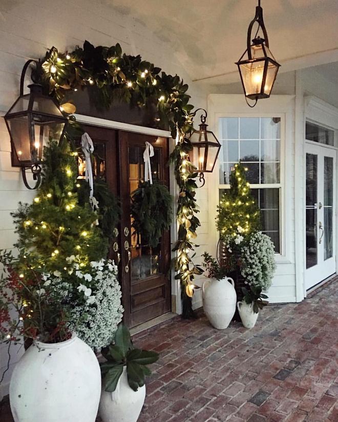 Christmas Front Door Decor Magnolia Christmas Front Door Decor Magnolia Garland Christmas Front Door Decor #Margnolia #Magnoliagarland #Christmas #FrontDoor #ChristmasDecor
