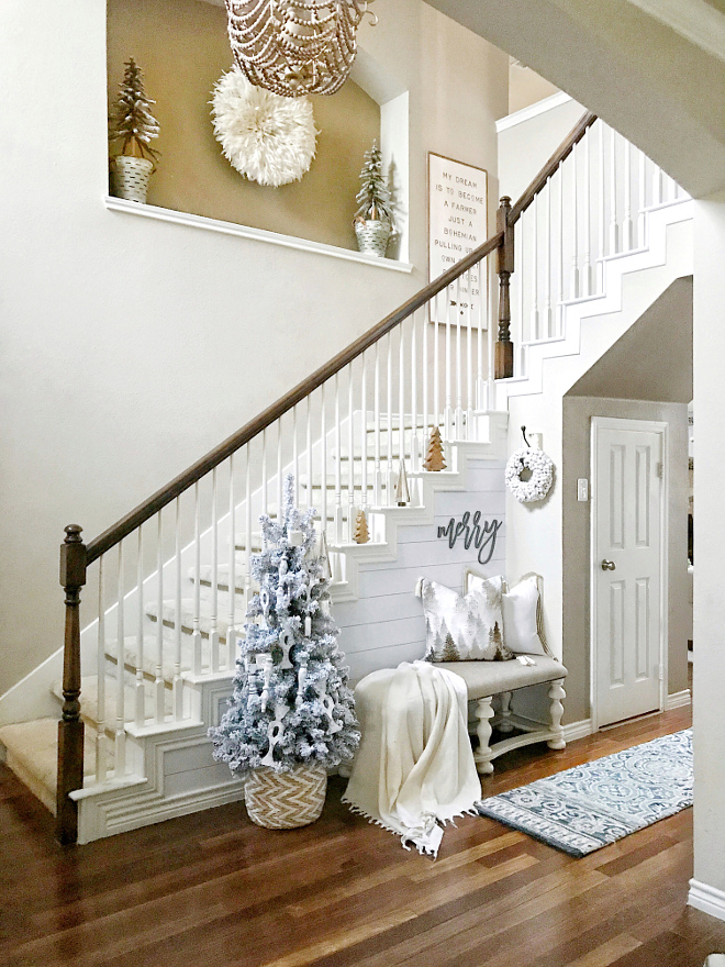 Farmhouse Christmas Foyer Decorating Ideas Farmhouse Christmas Foyer Decorating Ideas Farmhouse Christmas Foyer Decorating Ideas