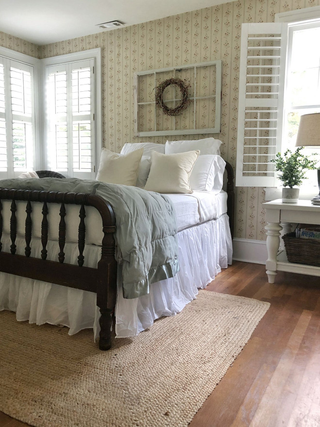 Farmhouse Guest Bedroom #FarmhouseGuestBedroom