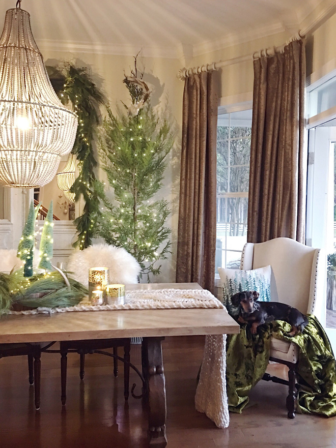 Green and white Christmas Decor Green and white Christmas Decorating Ideas Green and white Christmas Decor
