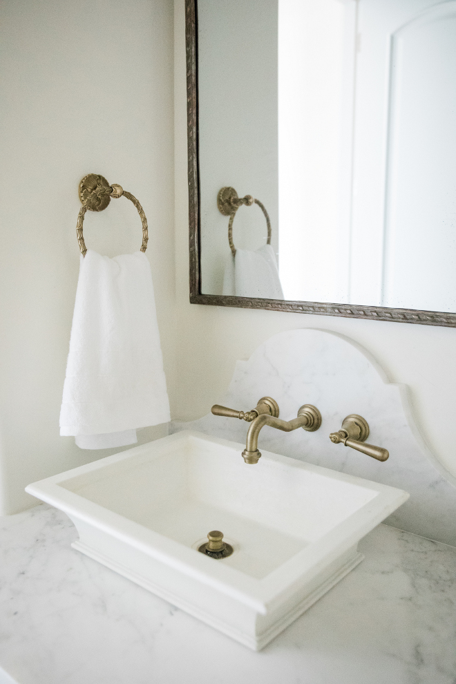 Bathroom Wall Mounted Faucet on Marble
