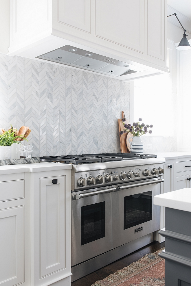 "Herringbone backsplash Bianco Carrara 5/8"" x 6"" Herringbone Mosaic Polished Tile Bianco Carrara 5/8"" x 6"" Herringbone Mosaic Polished"