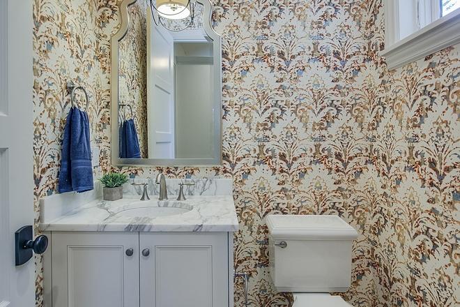 Wallpaper source on Home Bunch Wallpaper Beautiful wallpaper in powder bath #wallpaper