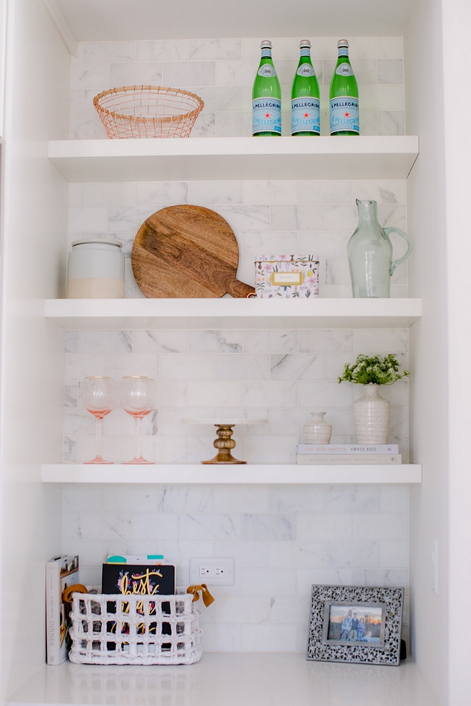 Kitchen open shelves with white marble subway tile backsplash Kitchen #kitchen #openshelves #whitemarblebacksplash