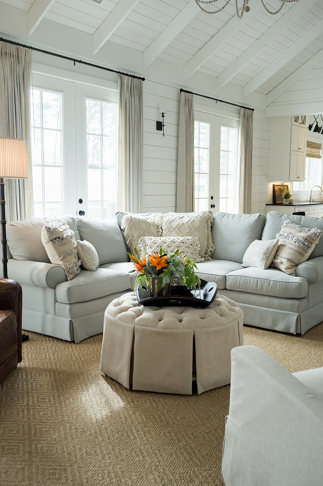 Farmhouse Living Room Farmhouse Living Room Farmhouse Living Room Popular Farmhouse Living Room Ideas Farmhouse Living Room Farmhouse Living Room sources on Home Bunch #FarmhouseLivingRoom #Farmhouse #LivingRoom #LivingRoomsources