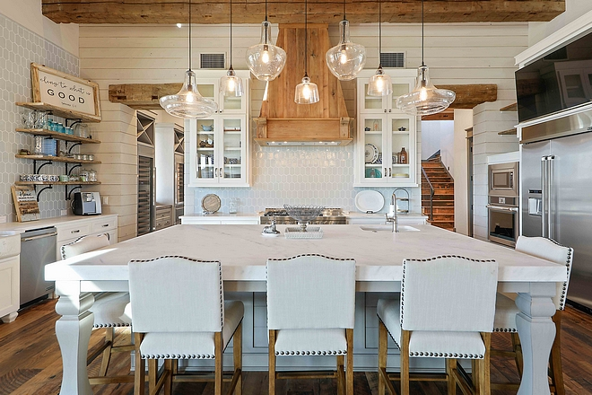 Rustic kitchen with Mitered White Marble Kitchen Island Perimeter Countertop Mitered White Marble #MiteredWhiteMarble #Miteredcountertop