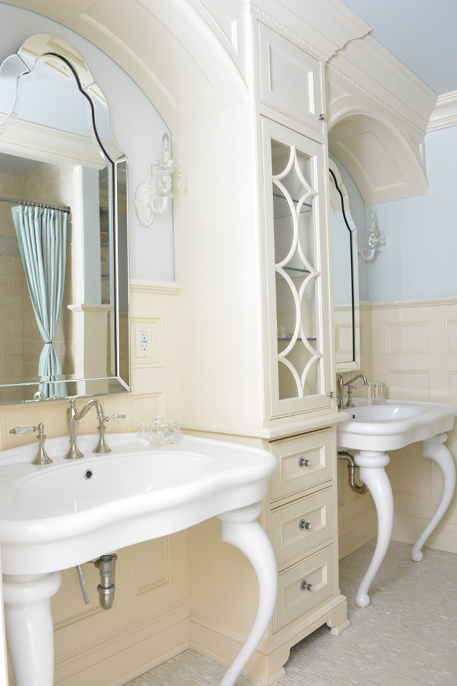 Creamy white bathroom Traditional Creamy white bathroom Creamy white bathroom design Creamy white bathroom Creamy white bathroom #Creamywhitebathroom #Creamwhitebathroom #creamywhite #bathroom