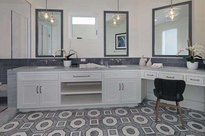 White and Grey Bathroom Color Scheme Ideas White and Grey Bathroom Color Scheme White and Grey Bathroom Tiles #WhiteandGrey #Bathroom #ColorScheme