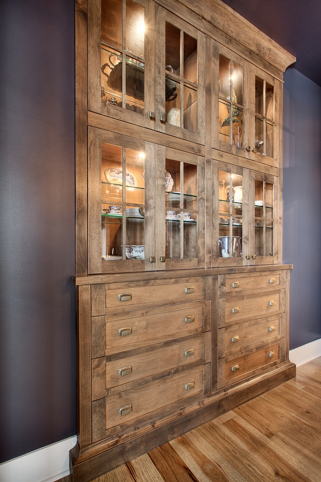 Hutc Cabinet Built in Hutch Dining room with built in hutch cabinet with custom blended stain #hutch #builtinhutch